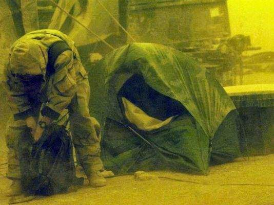 Military News - New research links Iraq dust to sick soldiers