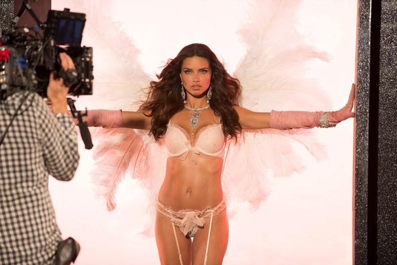 <b>Adriana Lima</b> Height Weight Body Statistics Bra - Healthy Celeb