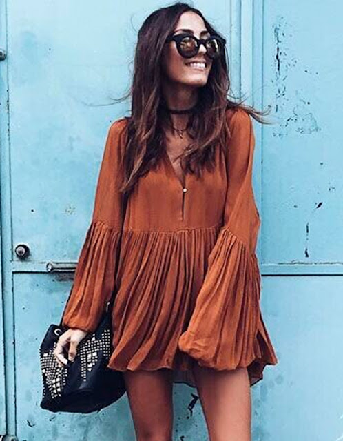 http://www.dresslink.com/women-sexy-v-neck-leisure-blouse-loose-long-sleeve-top-pleated-mini-dress-p-33250.html?utm_source=blog&utm_medium=cpc&utm_campaign=kong225