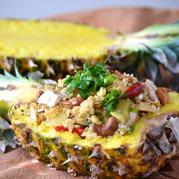 Thai Pineapple Fried Rice (Khao Pad Sapparot)