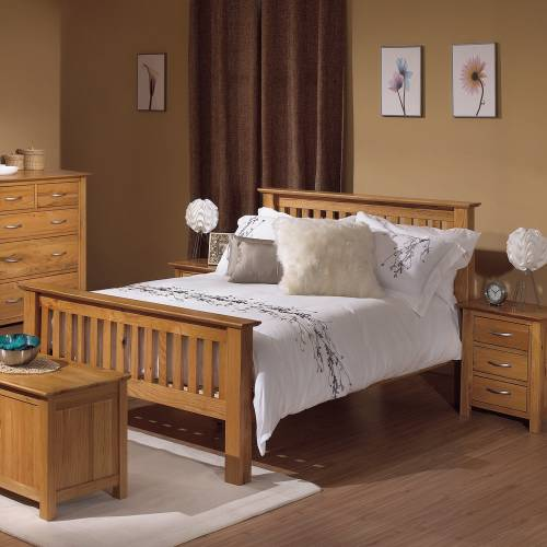 Light oak bedroom furniture popular interior house ideas for Oak bedroom sets