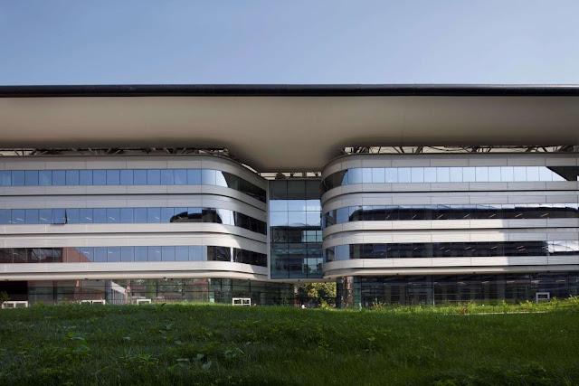 05-Campus-Luigi Einaudi-por Foster-Partners