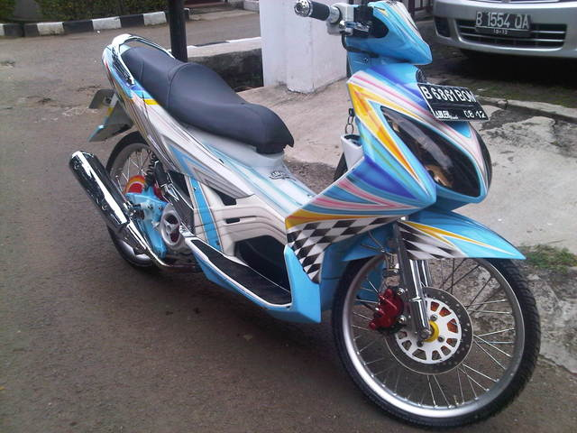gambar Modifikasi Yamaha Nouvo-Z For Contezt