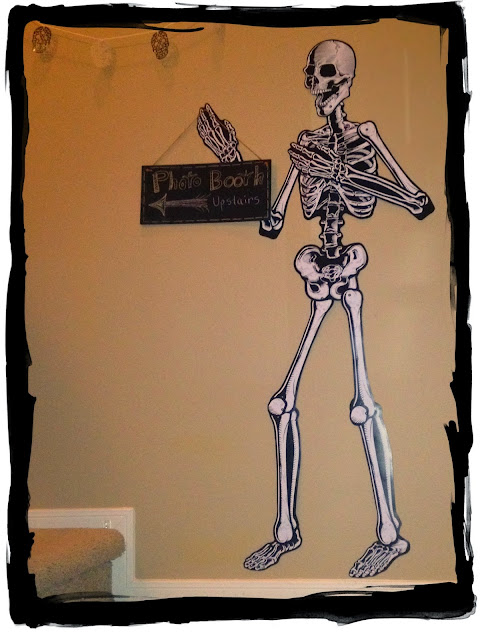 Dollar Tree, Skeleton, Photo Booth, chalkboard sign, Halloween Decorations, Easy Halloween