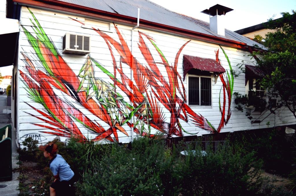Shida new murals in brisbane australia streetartnews for Australian mural
