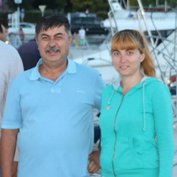 Echipa: dl. Comandant Tudor Alexandru si fiica Maria