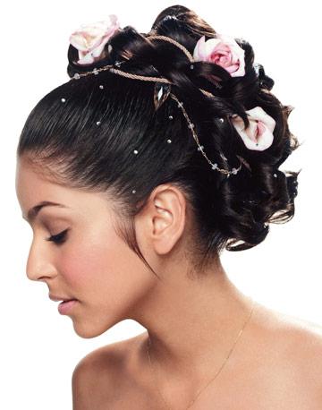 Recogidos y peinados de novia en función de la cara [FOTOS] Ella Hoy - Tipos De Peinados Para Novias