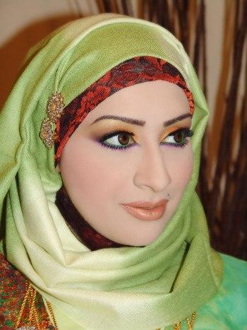 Abaya fashion 2012