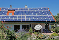 Rooftop solar plus storage installations can be combined to help manage the grid. (Credit: Shutterstock) Click to Enlarge.