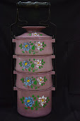 Pink Colour Tiffin with Embosed Motif