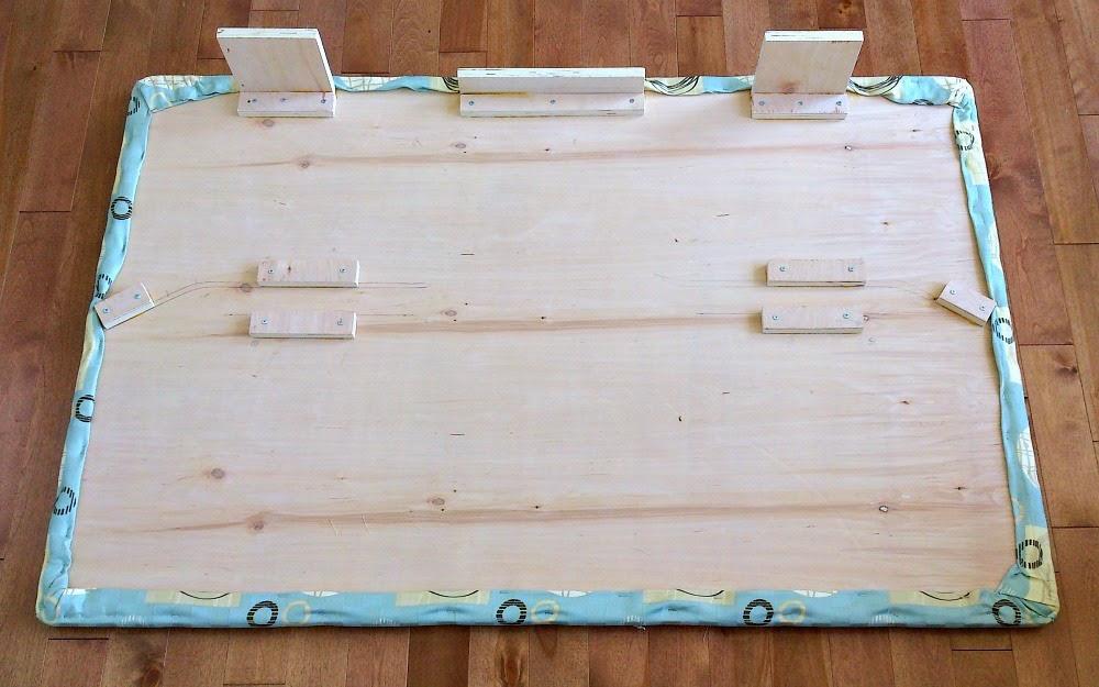 DIY Dog Platform for Back of Ram Truck Cab   Dans le Lakehouse