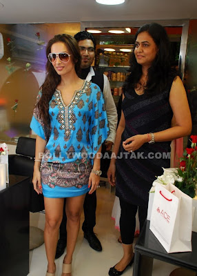 Malaika Arora Sexy Look In Blue Dress
