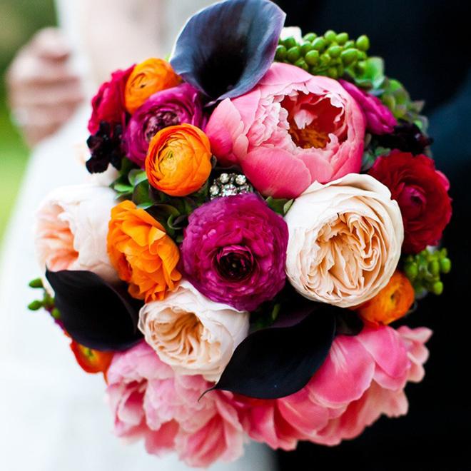 Summer flower wedding bouquets for Bright wedding bouquet