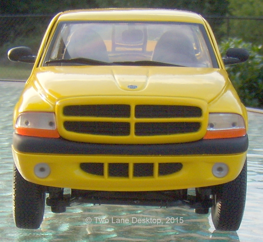 Two Lane Desktop: Anson 1:18 And 1:24 Dodge Dakota R/T Sport