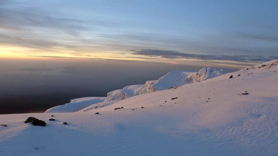 Vistas-desde-la-cima-del-monte-Kilimanjaro