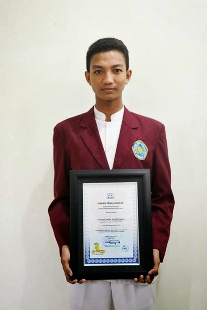 Himma Nafist Shoffil Jihadi, Mahasiswa STIKES MUHLA Finalis lomba blog Kependudukan BKKBN 2014 tingkat nasional