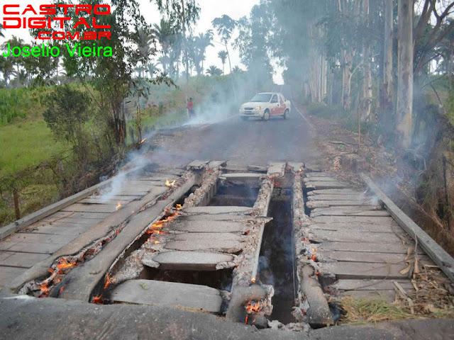 Ponte na estrada entre Lago da Pedra e Paulo Ramos