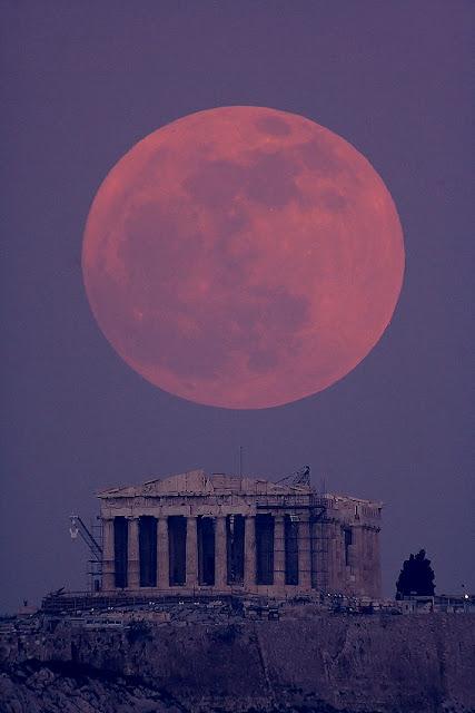 Este domingo 23 de junio tendrá lugar el espectáculo anual de Super Luna, el momento en que nuestro satélite se encuentra en su punto más cercano con respecto a la Tierra y, en consecuencia, ofrece todo el esplendor de su rostro.