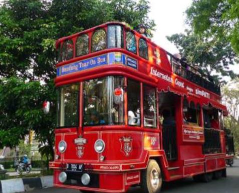 Cobain Yuk Trayek Wisata Gratis di Bandung!