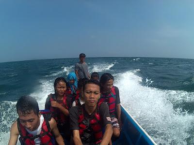 Perahu pantai ngandong