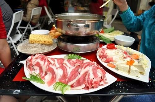 Vietnamese Beef Hotpot Street Food (Lau Bo)1