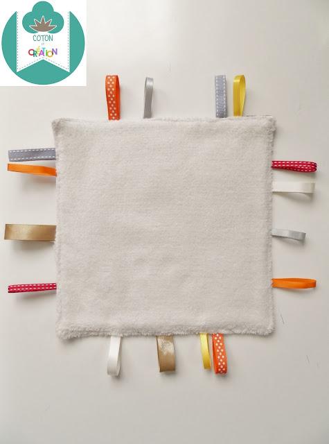 Coton et Création : doudou plat étiquettes