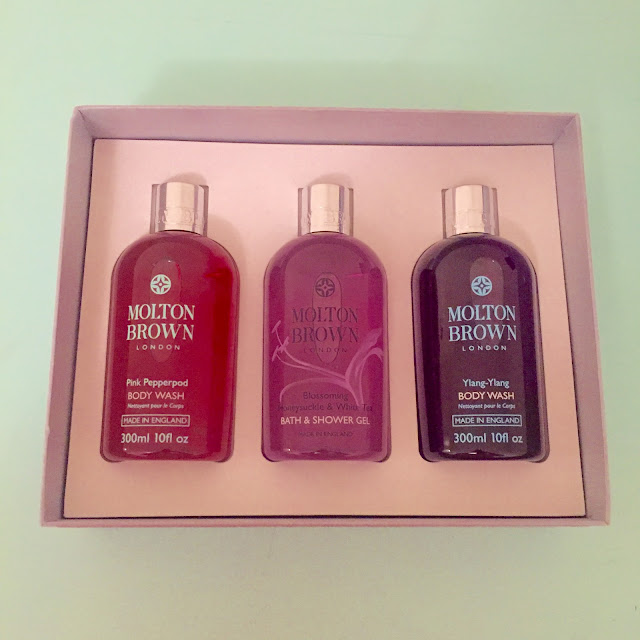 Molton Brown, Molton Brown Blissful Bathing Gift Set, shower gel, body wash, Molton Brown Pink Pepperpod Body Wash, Molton Brown Honeysuckle & White Tea Body Wash, Molton Brown Ylang-Ylang Body Wash