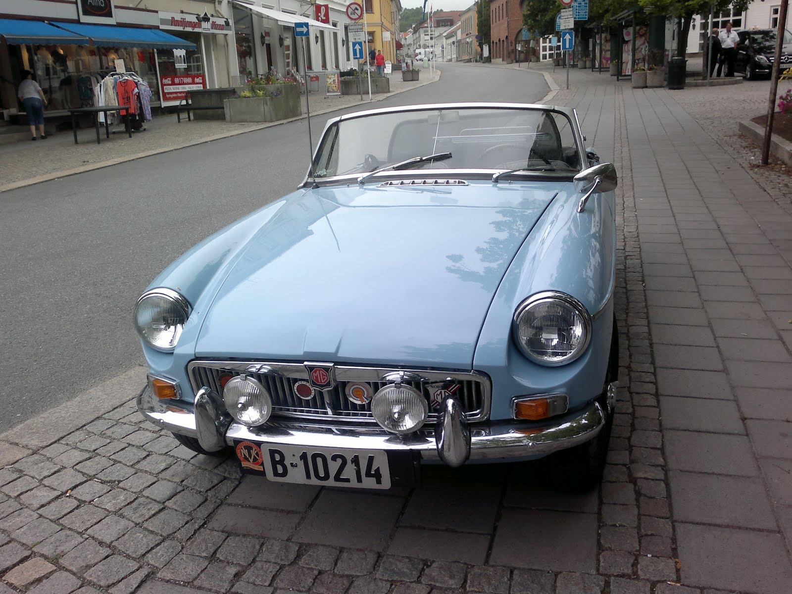 Svend Svendsen - Sri Lanka: old cars - next few blogs