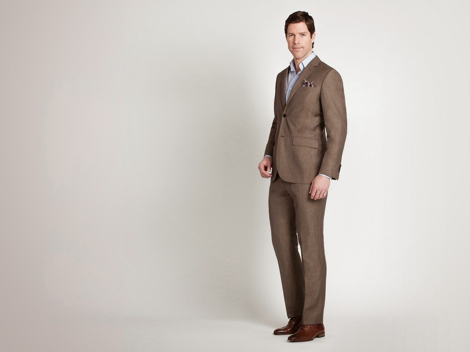 Product Spotlight: Indochino Tonal Olive Linen-Blend Wool Suit