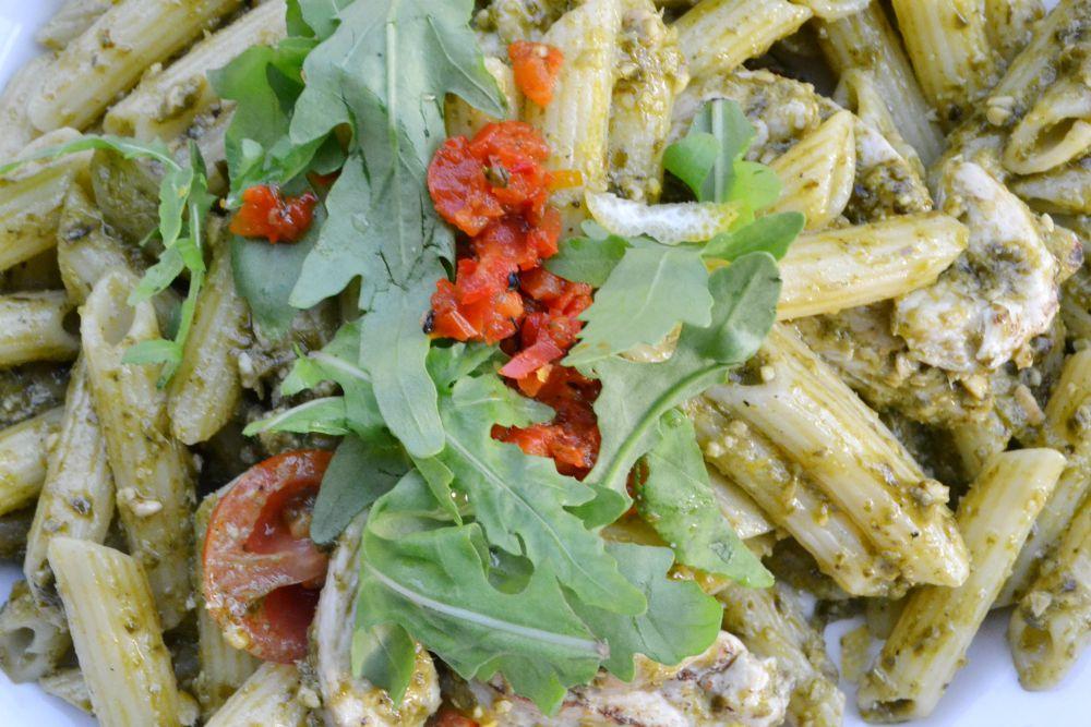 chicken pesto pasta frankie and bennys fort glasgow