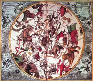 Карта XVIII в. со знаками зодиака. Созвездия показаны зеркально в соответствии с небесными глобусами того времени. Данные фигуры созвездий использовались еще во времена Вавилона.