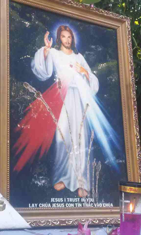 Phép lạ Ảnh Lòng Thương Xót Chúa tại Gx Cửa Lò - Gp Vinh