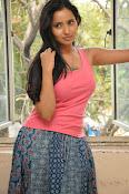 Ishika Singh Latest Glamorous Photos-thumbnail-16