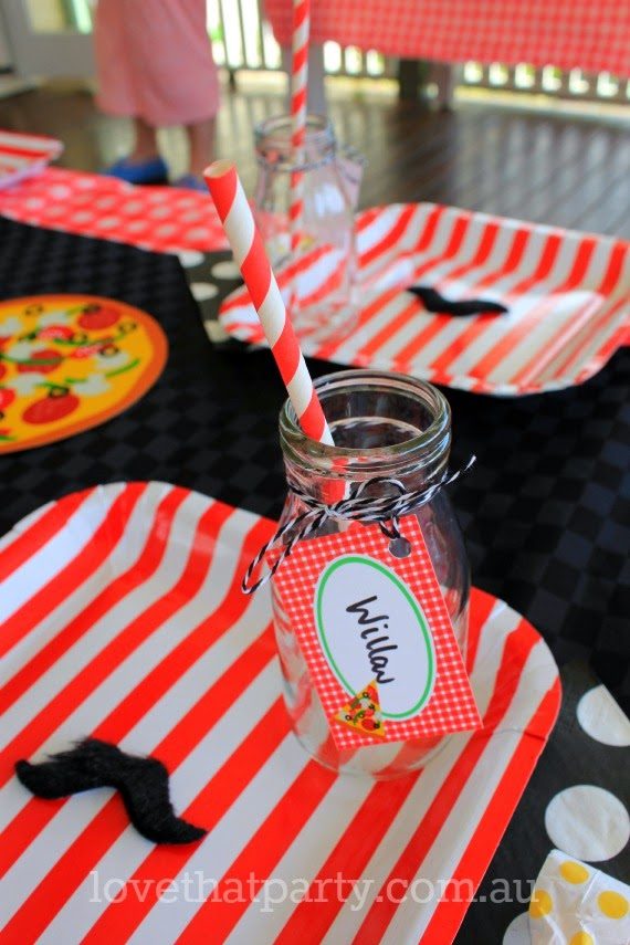 pizza party table paper plate glass bottle red stripe printable party decorations checks