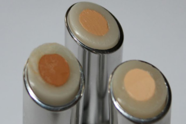 Benefit Fake Up Hydrating Concealer Photo