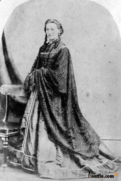 1870 Formal portrait of Mrs Bauer
