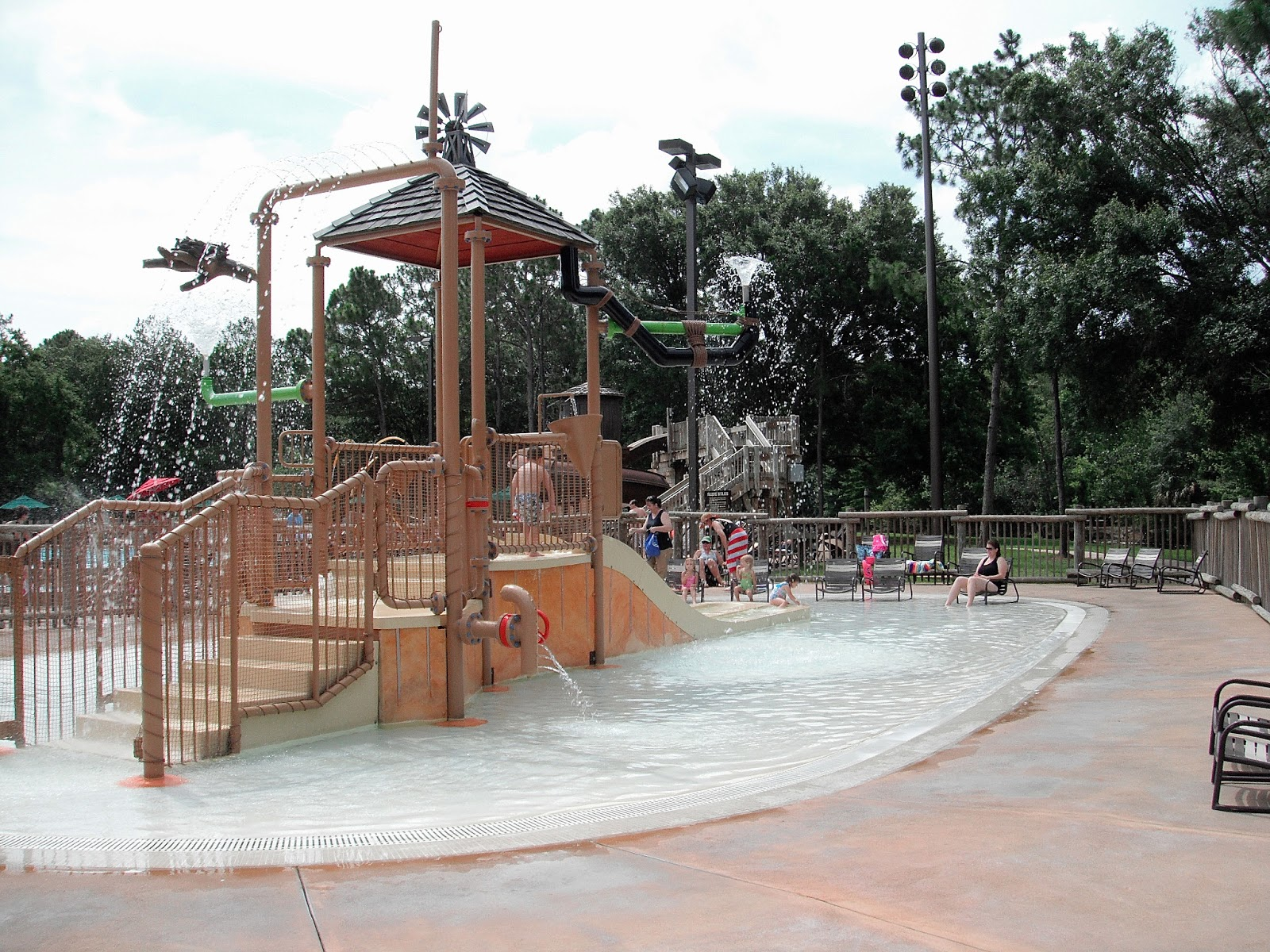 Walt disney world travel destination disney resort review disney 39 s fort wilderness for Meadow swimming pool fort wilderness