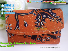 Dompet Batik Sedang List Emas