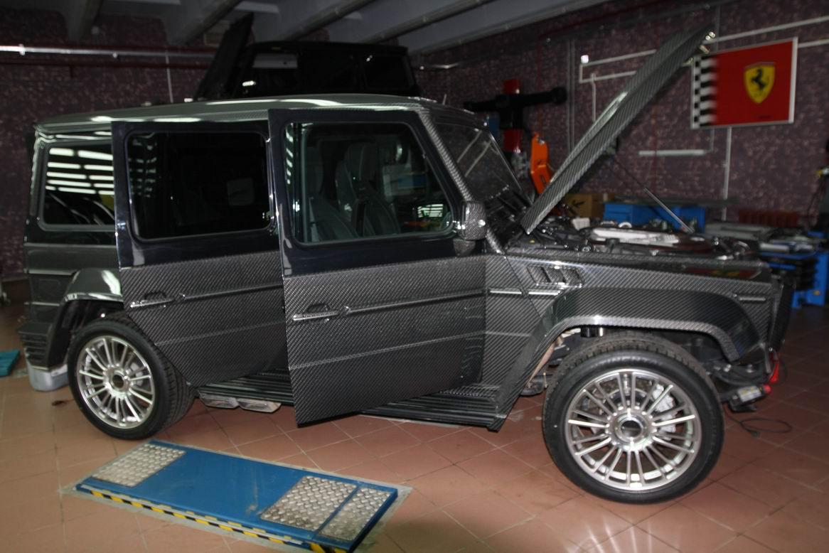 http://4.bp.blogspot.com/-fq9fE6qxA9U/TVwBlmtY6jI/AAAAAAAAAWk/5Y6djgh4xNc/s1600/Mercedes_amg_g55_mansory_carbon_4.JPG