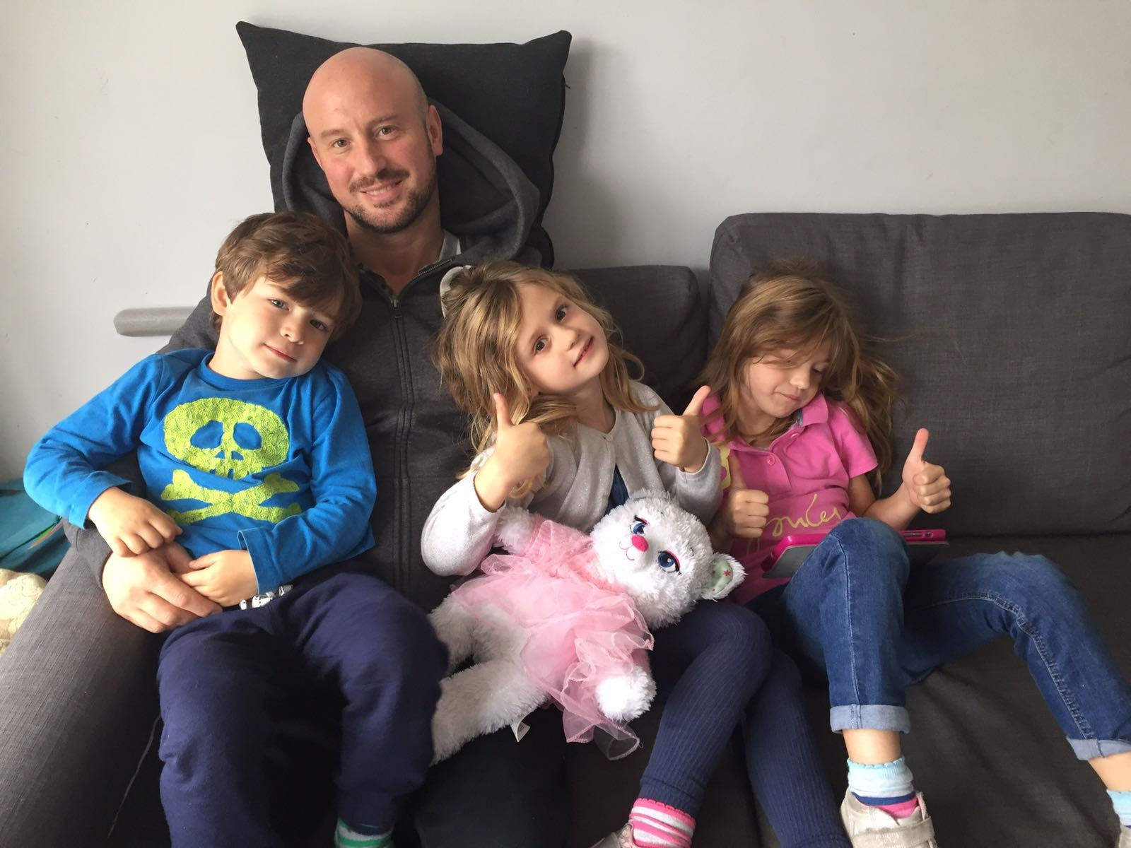 Layth with his 3 lovely kids (Bella, Sophia and Enzo)