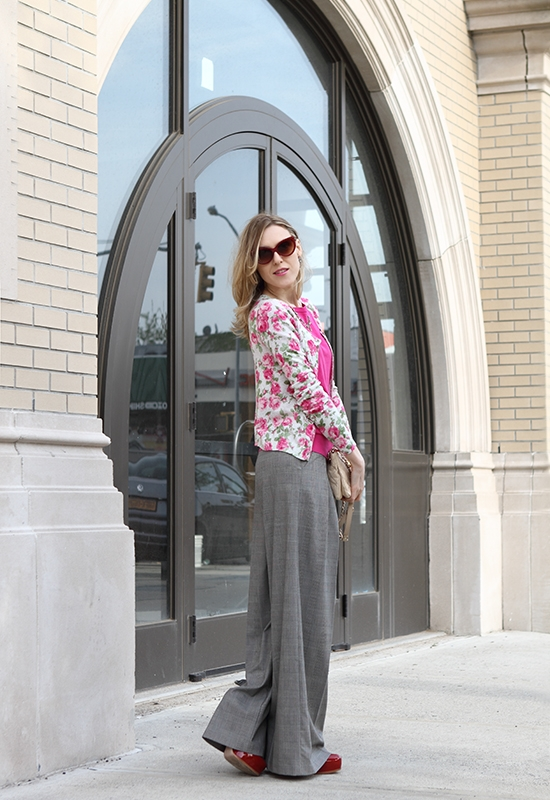 """""""Wide-Leg Trousers Love"""" Outfit Post on """"The Wind of Inspiration"""" Blog #outfit #look #style #fashion #personalstyle #fashionblog"""
