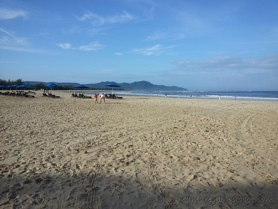 foto pantai di sabah