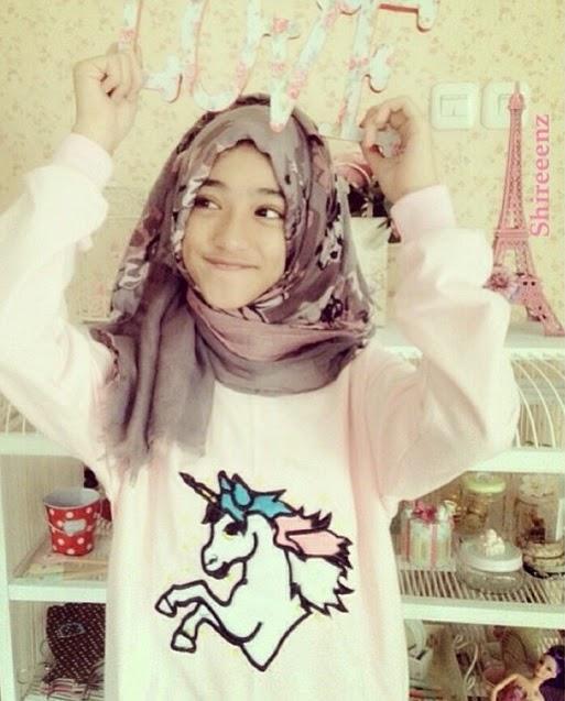 Hijab Style Ala Shirin Al-Athrus