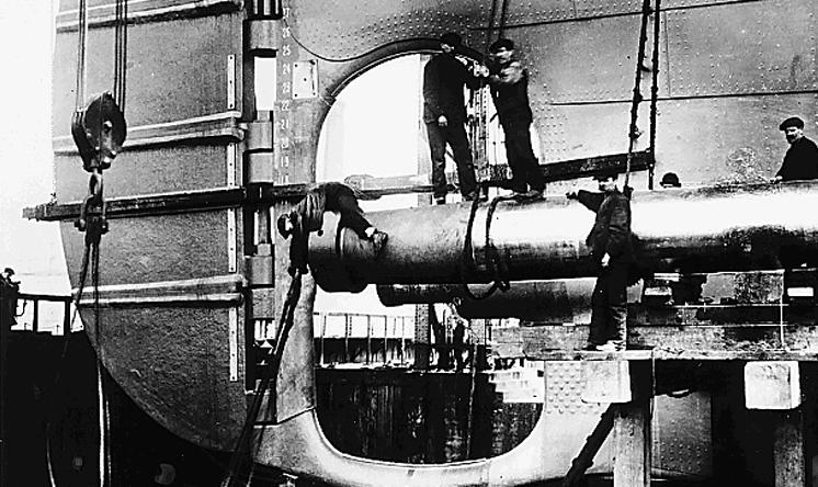 Documentary Photographs of Titanic: Propeller Shaft Installation