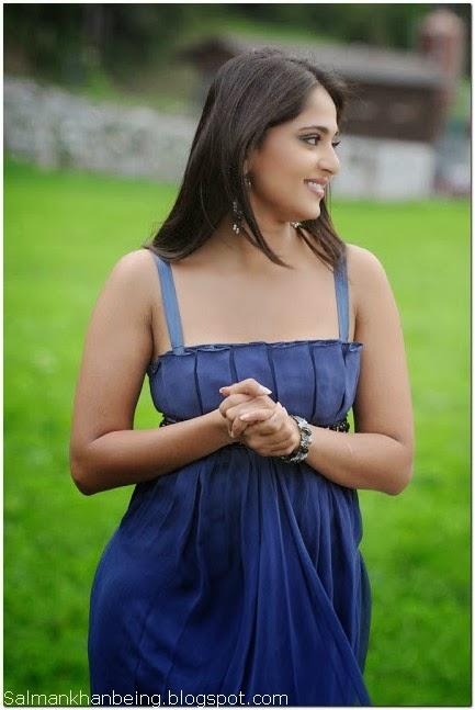 Anushka Shetty hot free HD Wallpaper Download