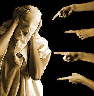 Mandamento 8 - Não Levantar Falsos Testemunhos ( Falar mal do próximo - julgar)
