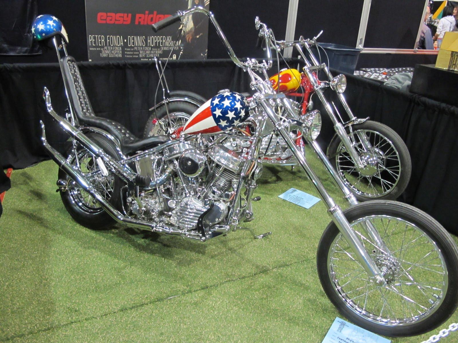 http://4.bp.blogspot.com/-fqsFIaeLTiw/TaxEywYGDKI/AAAAAAAAE50/gQ93oHnS59Y/s1600/Harley+Davidson+show+laval+15-16-17+avril+2011+010.jpg