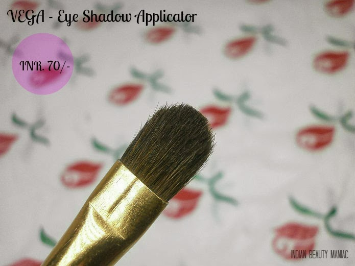 Vega Eye Shadow Applicator