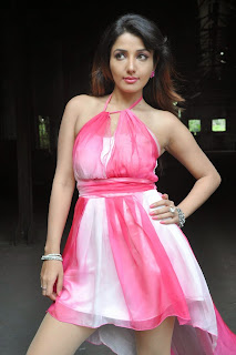 Actress Model Sonia Mann Latest  Leggy Pictures  005.jpg5