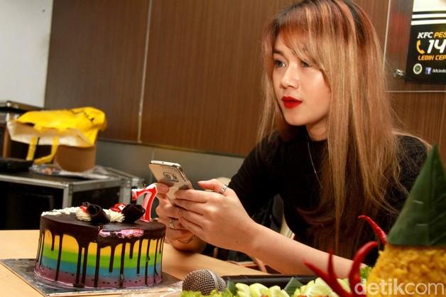 FOTO : Dara, Cantik-cantik Kok Jomblo?